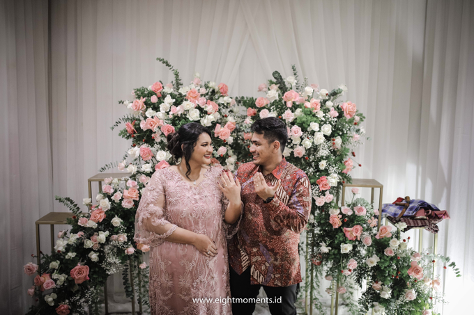 Engagement of Diva & Radit by OollieFlora - 009