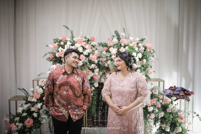 Engagement of Diva & Radit by OollieFlora - 010