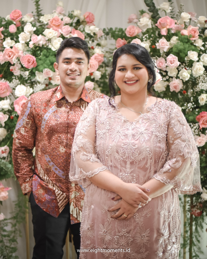 Engagement of Diva & Radit by OollieFlora - 011