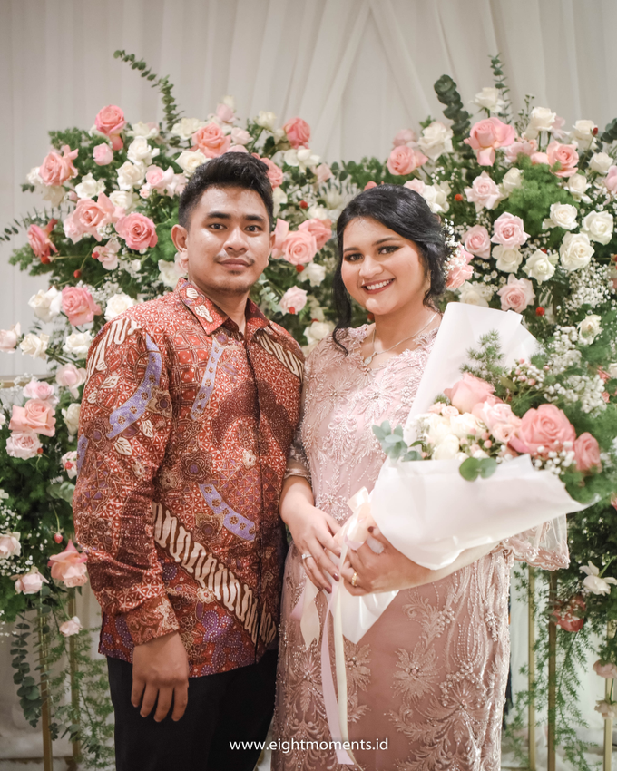 Engagement of Diva & Radit by OollieFlora - 012