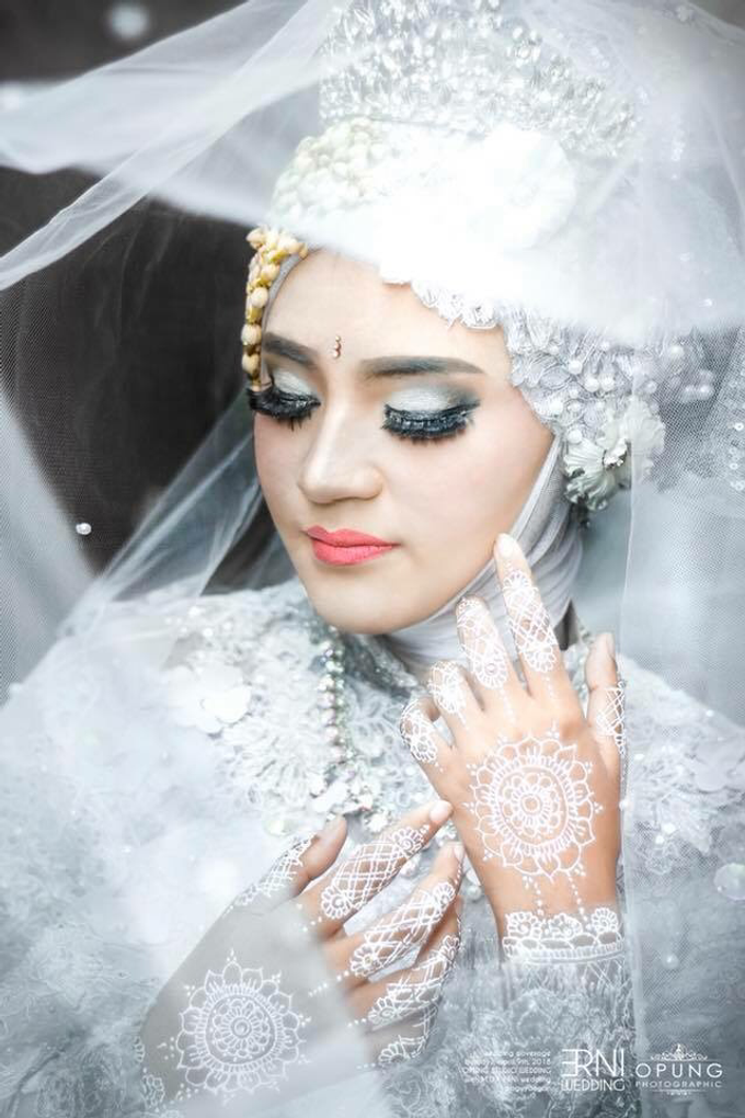 Erni Wedding by OPUNG PHOTOGRAPHIC - 001