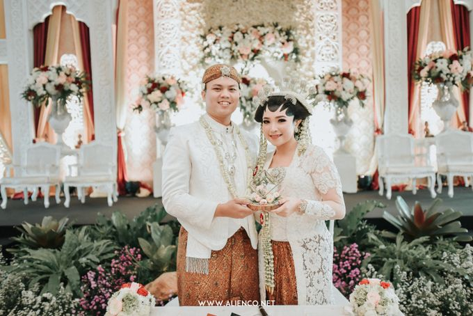 The Wedding of Ade & Ricky by Simple Wedding Organizer - 033