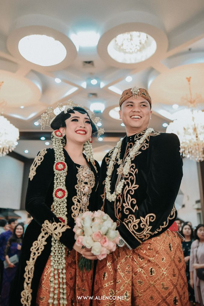 The Wedding of Ade & Ricky by Simple Wedding Organizer - 040