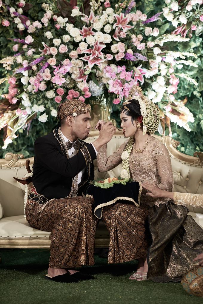 Gabby & David by Orange Wedding Planner - 009
