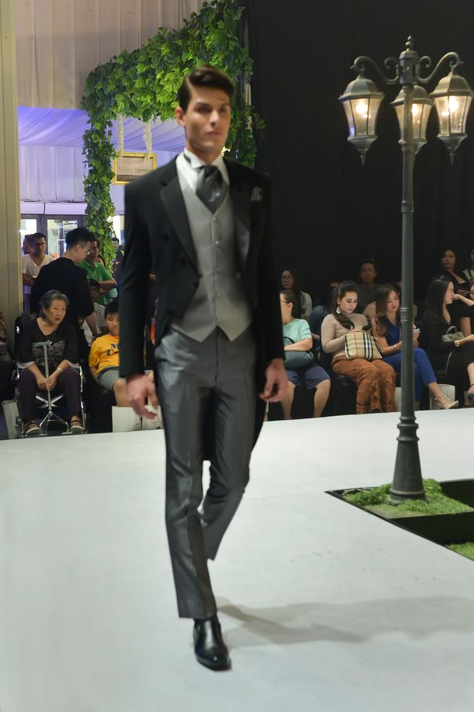 Video: Fashion Show Trend Jas Ventlee 2019 - Couple Series [Part 2] by Ventlee Groom Centre - 014