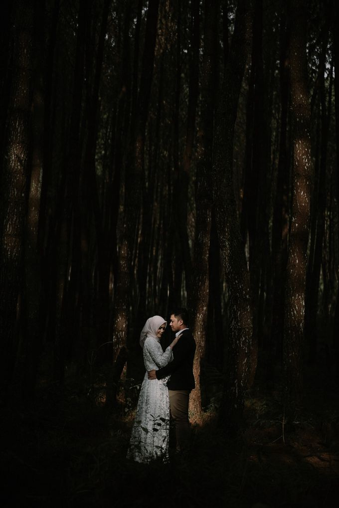 Faridha & Khairir Couple Session by Koncomoto - 002