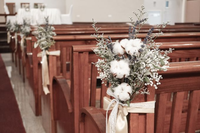 Philip & Cindy Wedding at Thomson Road Baptist Church by Bloomwerks - 001