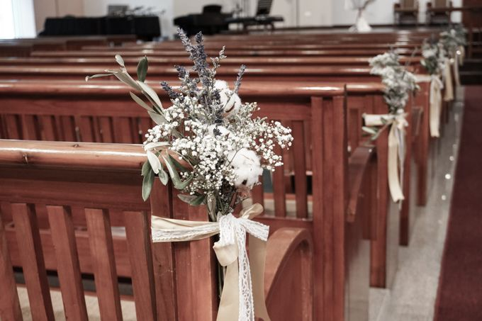 Philip & Cindy Wedding at Thomson Road Baptist Church by Bloomwerks - 006