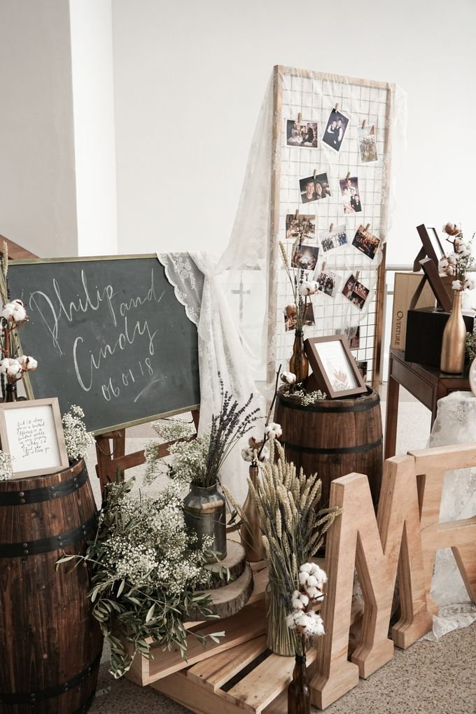 Philip & Cindy Wedding at Thomson Road Baptist Church by Bloomwerks - 010