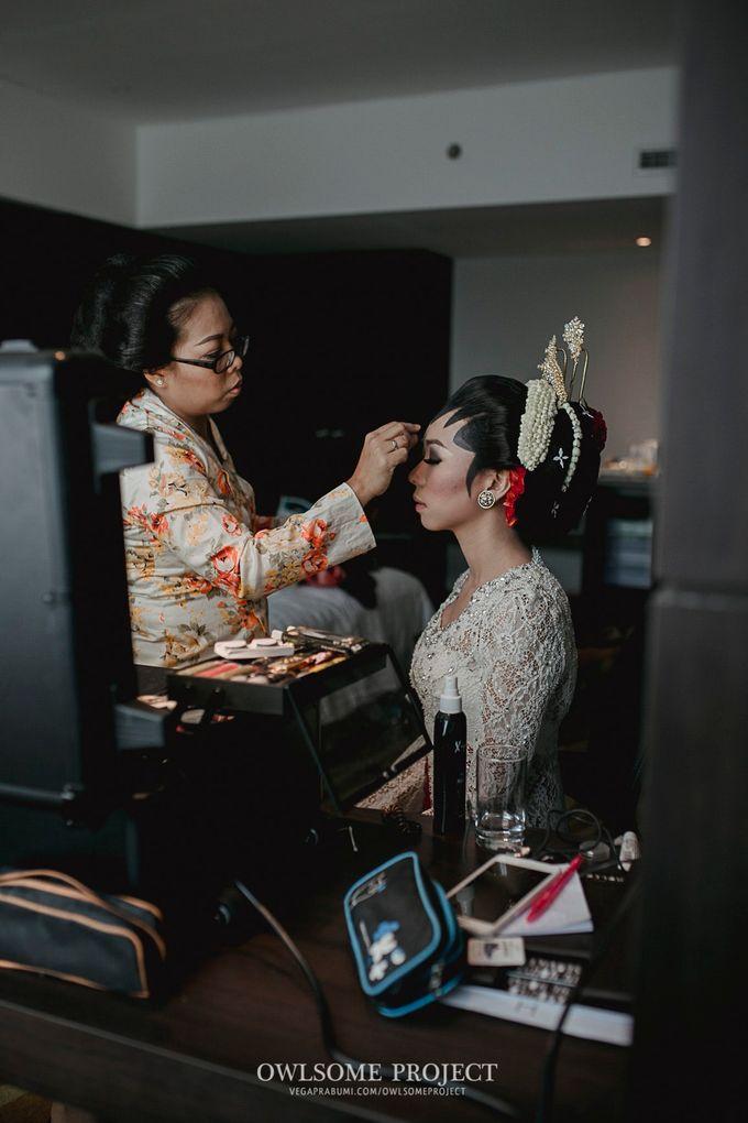 Rara Ben Wedding by Ambar Paes Traditional Wedding Make Up - 014