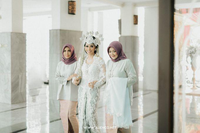 Traditional Wedding Kania & Radit by alienco photography - 005