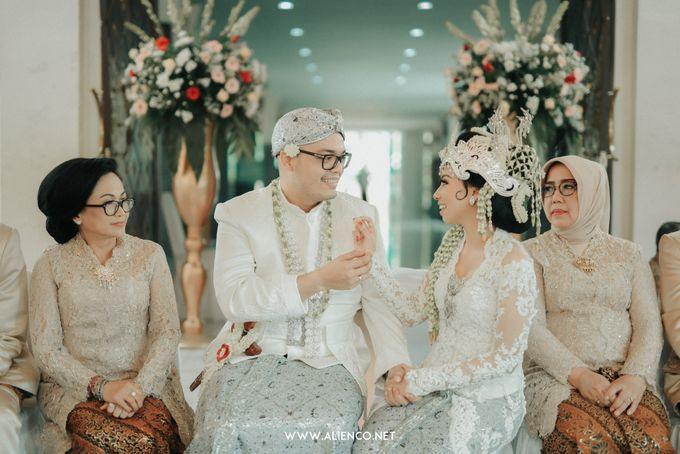 Traditional Wedding Kania & Radit by alienco photography - 007