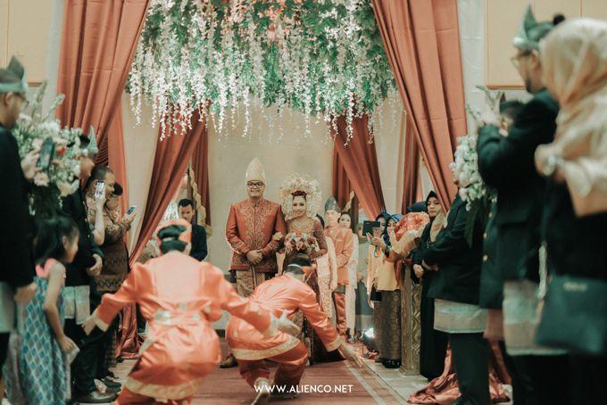Traditional Wedding Kania & Radit by alienco photography - 015