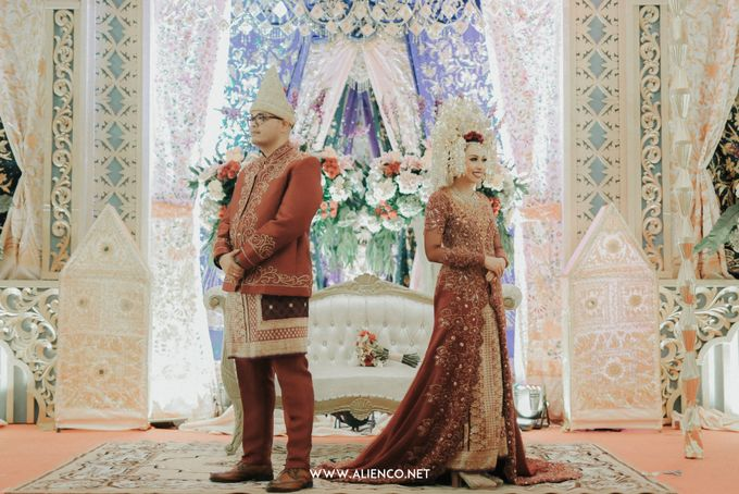 Traditional Wedding Kania & Radit by alienco photography - 016
