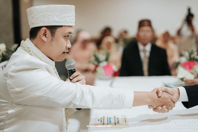 The Wedding Of Shella & Lutfi by alienco photography - 046