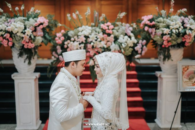 The Wedding Of Shella & Lutfi by alienco photography - 049