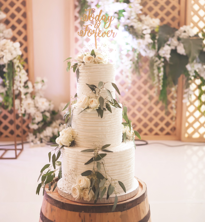 Agus and Angie Wedding by Oursbake - 001