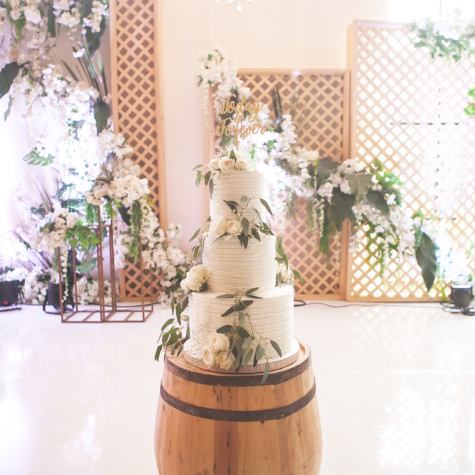 Agus and Angie Wedding by Oursbake - 003