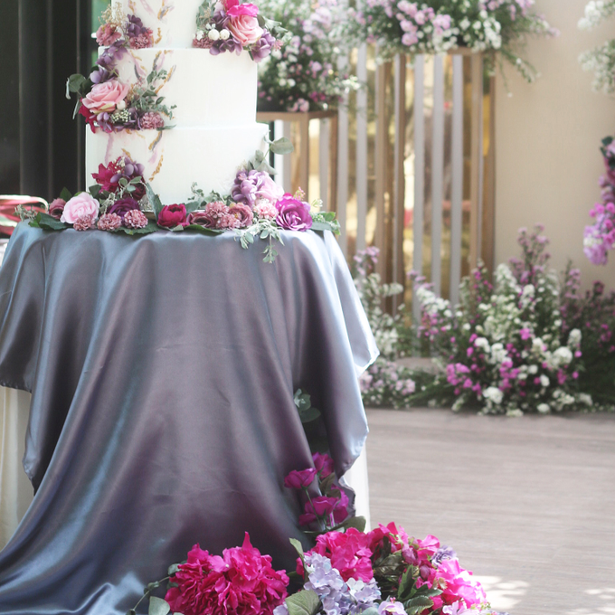 Christian & Valencia Wedding by Oursbake - 002