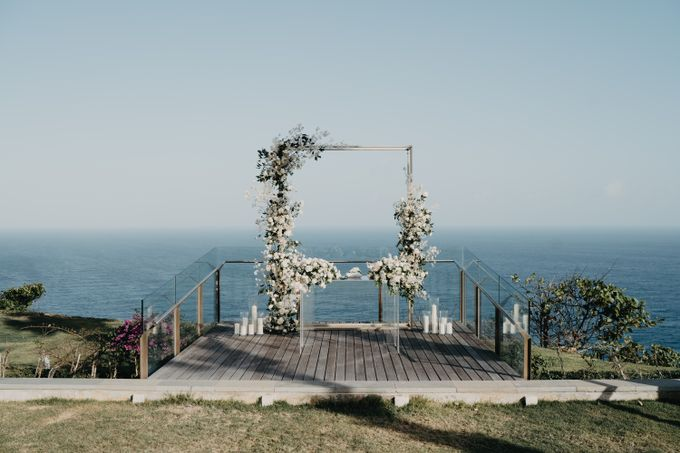 Martin & Daniela wedding by Six Senses Uluwatu, Bali - 001