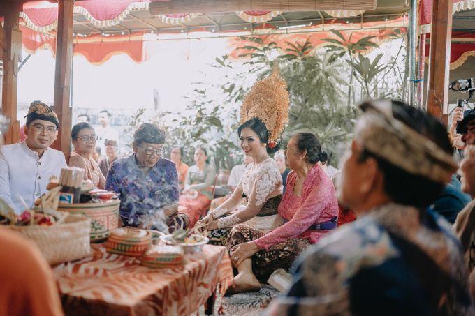 Balinese Wedding of Krishna & Bunga by Hexa Images - 004