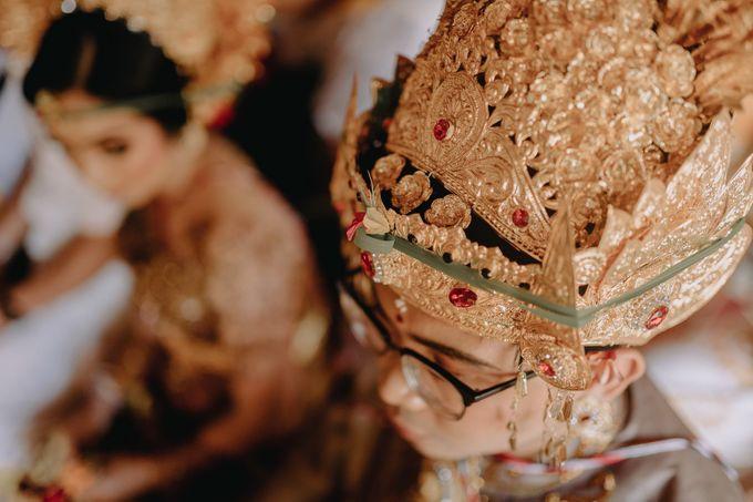 Balinese Wedding of Krishna & Bunga by Hexa Images - 021