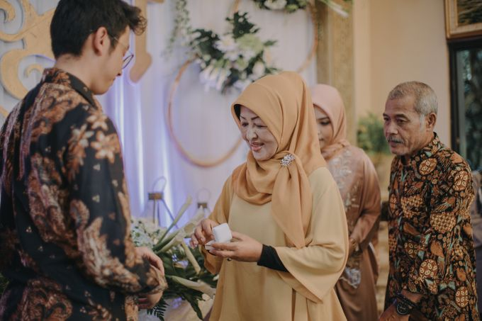 Engagement Day Retno & Tara by Hexa Images - 010