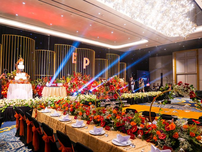 Dinner by Grand Mercure Surabaya City - 001