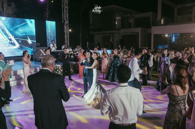 Villa Ombak Biru | The Royal Wedding Dance : Xander & Nadia by diskodiwedding - 036