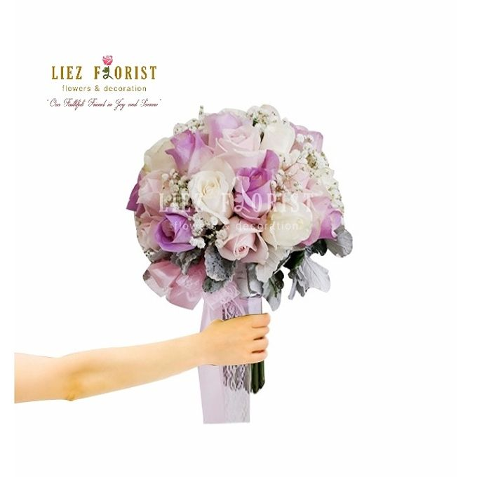 Wedding Hand Bouquets by Liez Florist & Decoration - 002