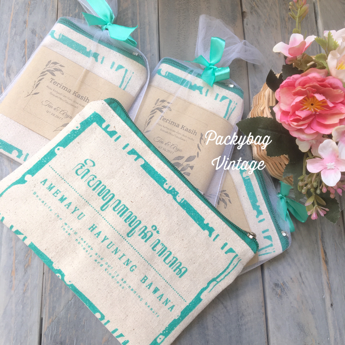 Tea & Arya Wedding  by Packy Bag Vintage - 001