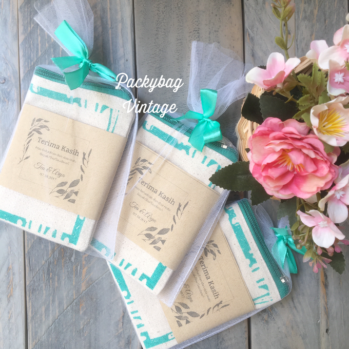 Tea & Arya Wedding  by Packy Bag Vintage - 002