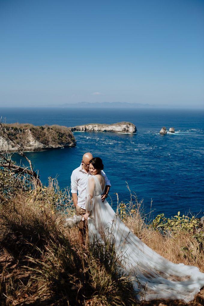 Nusa Penida Pre-Wedding Trip of Arya and Nadya by PadiPhotography - 002
