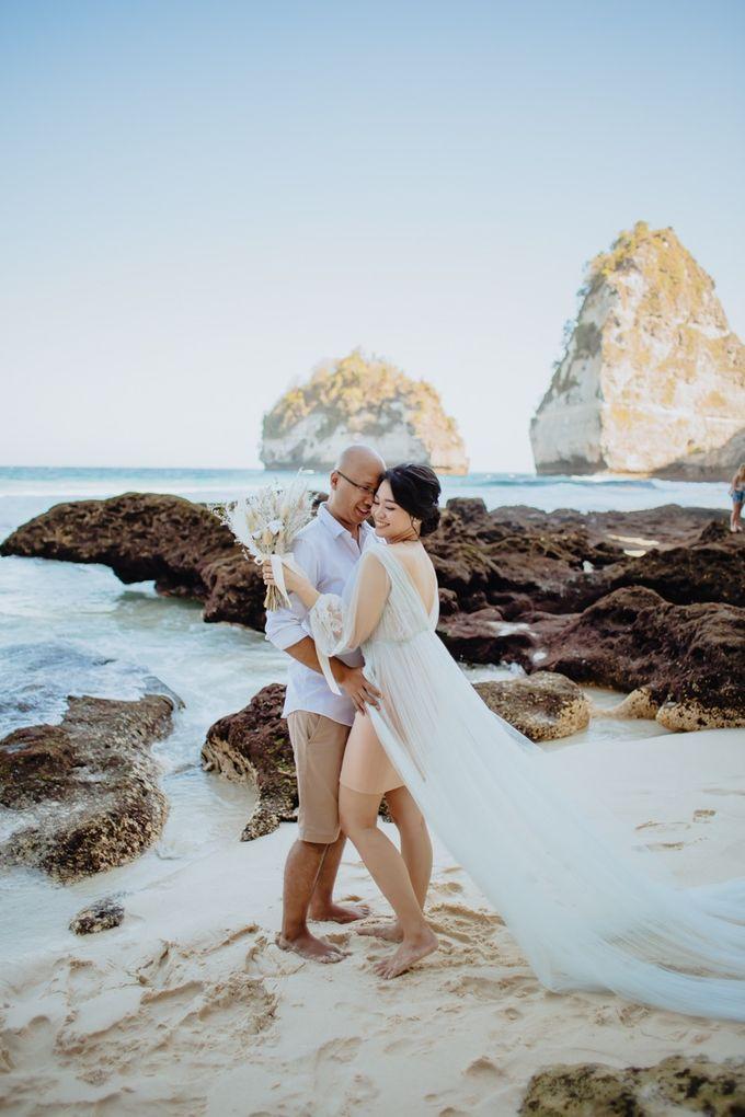 Nusa Penida Pre-Wedding Trip of Arya and Nadya by PadiPhotography - 007