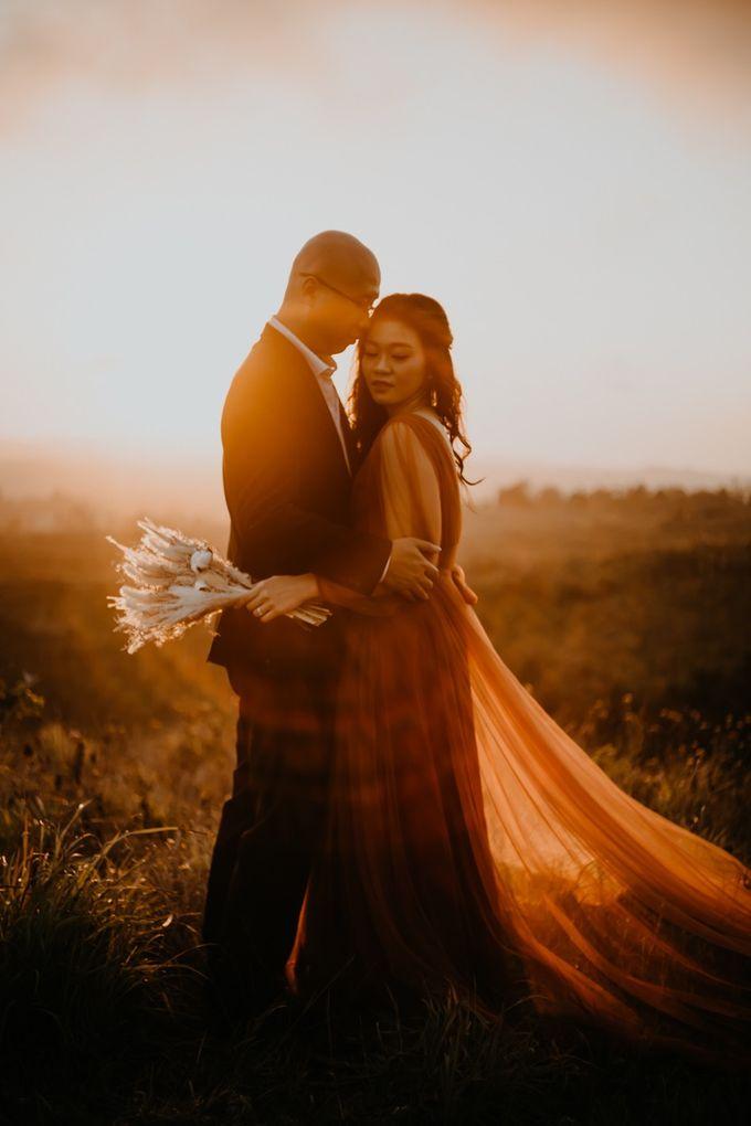 Nusa Penida Pre-Wedding Trip of Arya and Nadya by PadiPhotography - 016