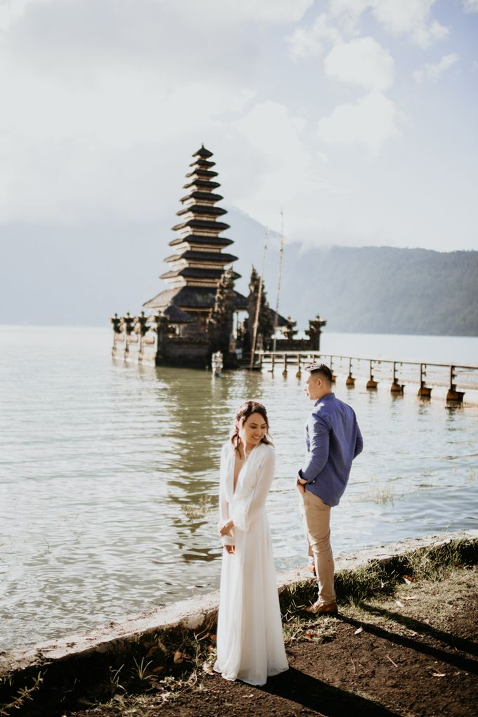 Jennifer and Andrew Sunrise Session in Bali by Endrye MakeupArt - 022