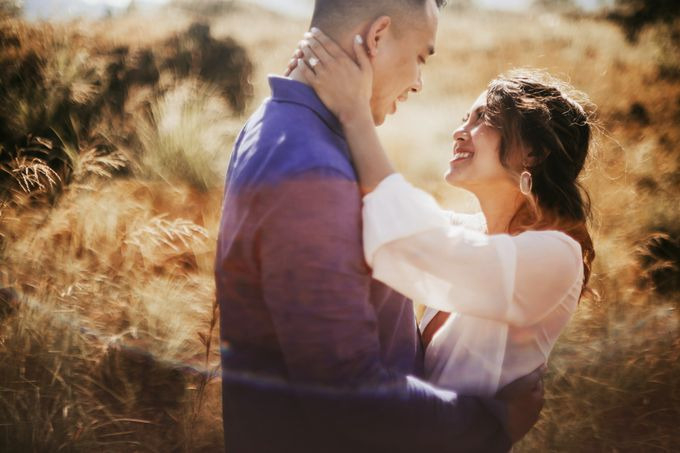 Jennifer and Andrew Sunrise Session in Bali by PadiPhotography - 036