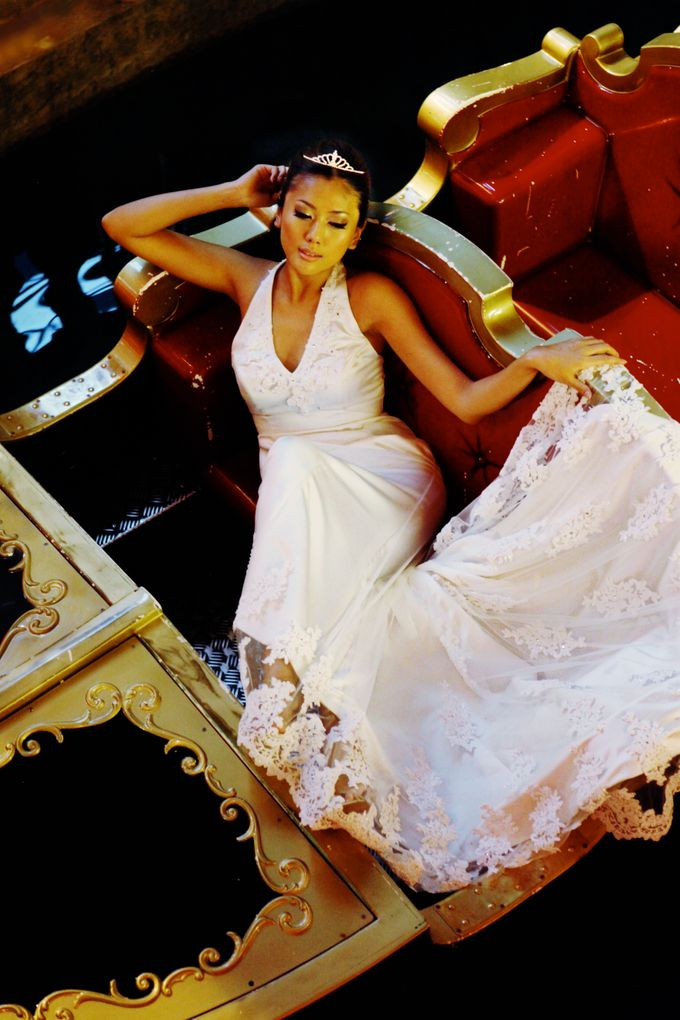 wedding gowns shoot by Pretty In White - 003