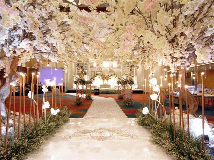 Premium Intimate Wedding at Bidakara by Bright Wedding Jakarta - 002