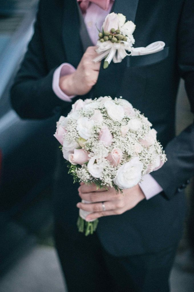 Bridal Bouquets by The Olive 3 (S) Pte Ltd - 011