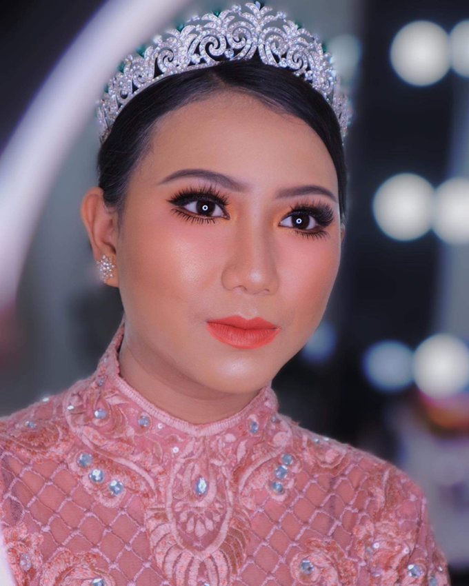 Wedding make up . Ms . miyuki by Pangestwury MakeOver - 001