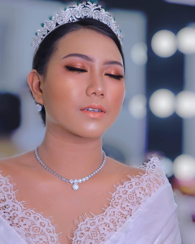 Wedding make up . Ms . miyuki by Pangestwury MakeOver - 004