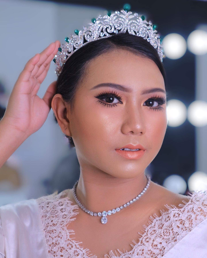 Wedding make up . Ms . miyuki by Pangestwury MakeOver - 005