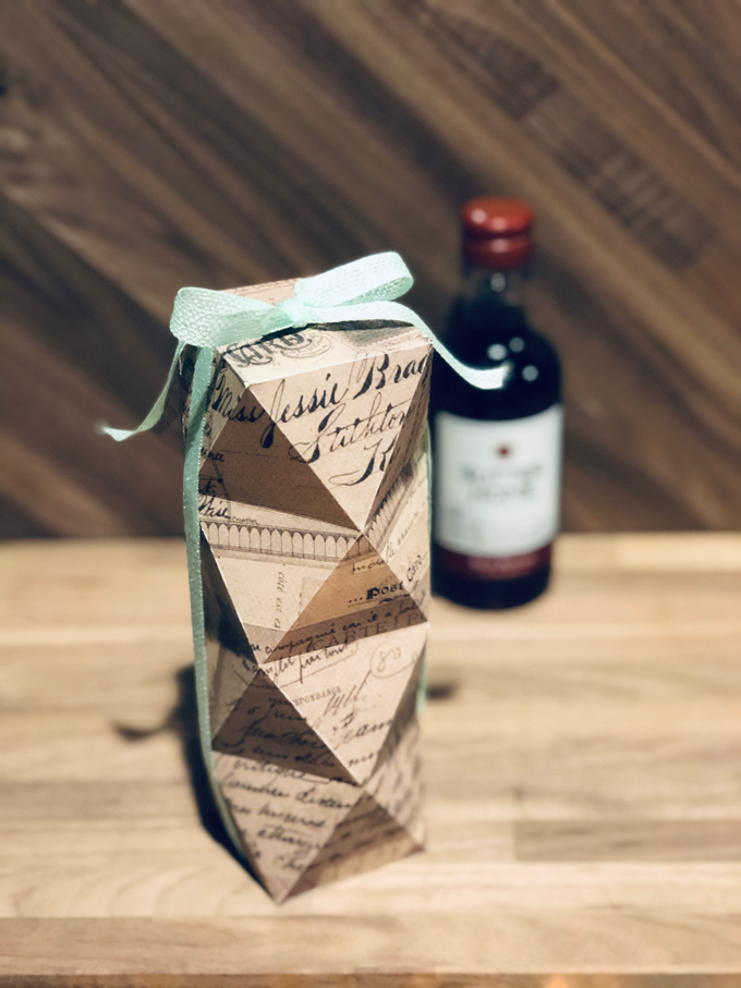 Wedding Favors by paper & string - 001