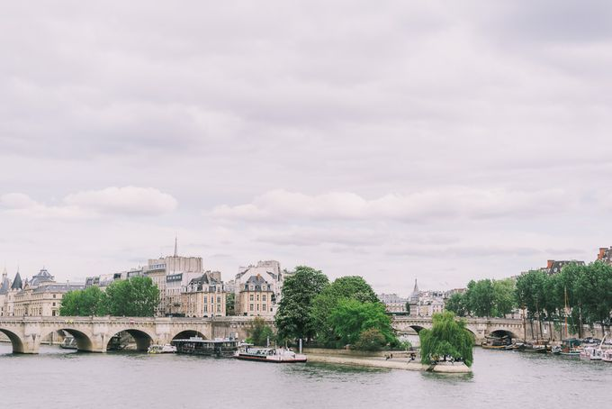 Elopement in Paris by Elias Kordelakos - 012
