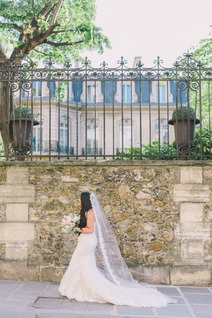 Elopement in Paris by Elias Kordelakos - 017