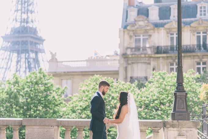 Elopement in Paris by Elias Kordelakos - 002