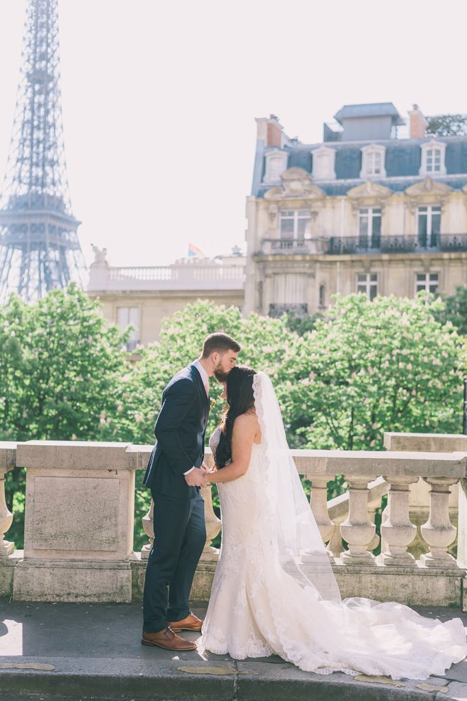 Elopement in Paris by Elias Kordelakos - 020