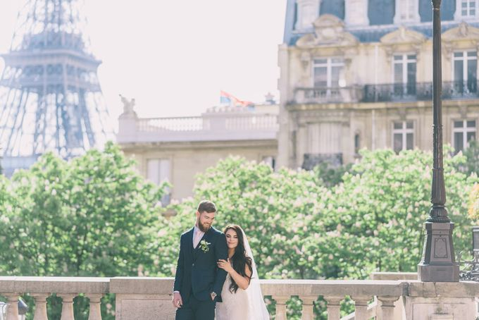 Elopement in Paris by Elias Kordelakos - 003