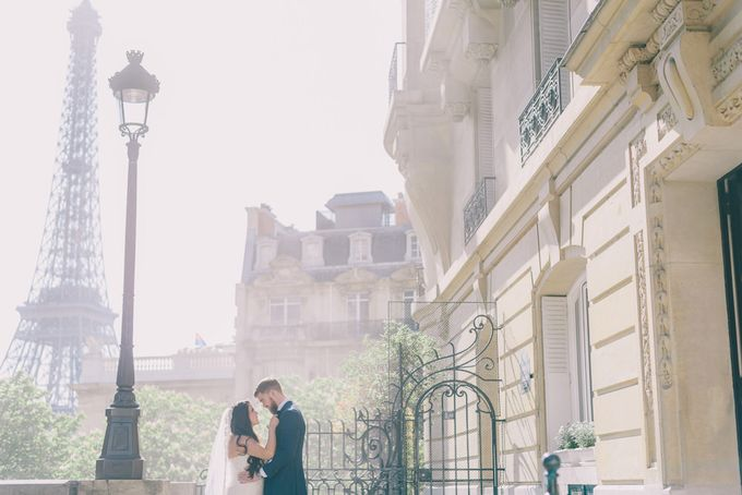 Elopement in Paris by Elias Kordelakos - 005